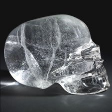 Study of crystal skulls in the collections of the British Museum and the Smithsonian Institution