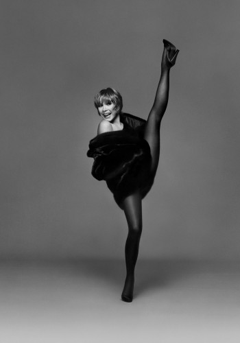 Shirley MacLaine. Photograph by Bill King. From the Collection of Peter Rogers