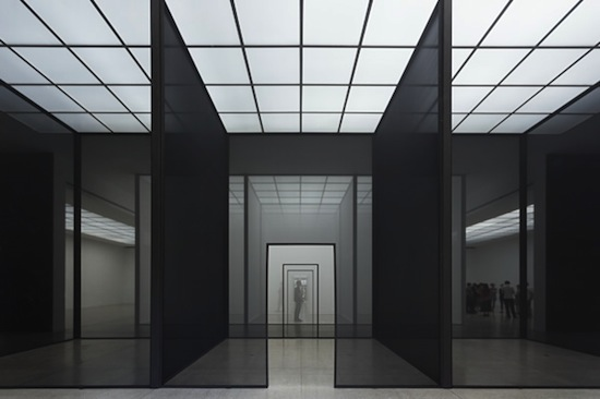 Robert Irwin, Double Blind, Installation view, Secession 2013, Photo: Philipp Scholz Rittermann