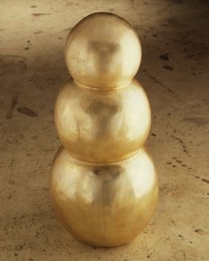 Robert Therrien (American, born 1947). No title (snowman), 1989. Silver on bronze, 34 x 16 x 16 inches (86.3 x 40.6 x 40.6 cm). Collection Albright-Knox Art Gallery. The Panza Collection and George B. and Jenny R. Mathews Fund, by exchange, George B. and Jenny R. Mathews Fund and Charles Clifton Fund, by exchange, 2008. © 2013 Robert Therrien / Artists Rights Society (ARS), New York.