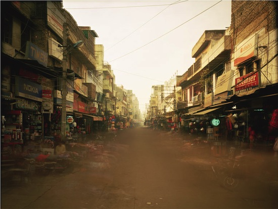 "Atta Kim ON-AIR Project 160-13, from the Series ""India"", 2007, Chromogenic print, Courtesy of the artist."