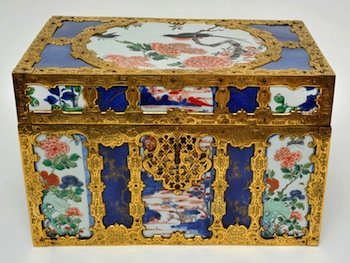 Unknown artist, Régence ormolu-mounted Chinese porcelain casket, early 18th century