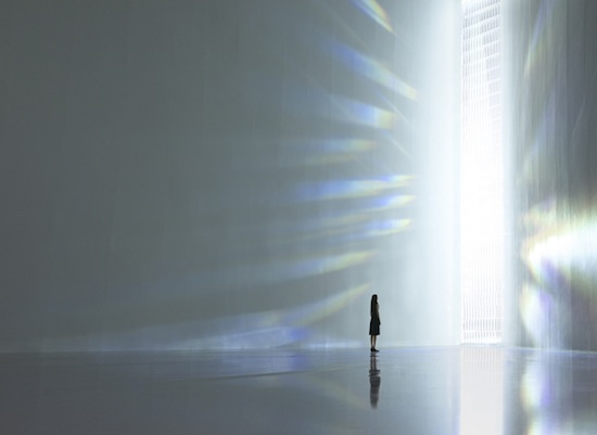 Tokujin Yoshioka, Rainbow Church, 2013. Crystal prism glass, stainless steel, size variable. Installation view of TOKUJIN YOSHIOKA_Crystallize, Museum of Contemporary Art Tokyo.