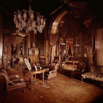 Derry Moore Interior, Faluknuma Palace, Hyderabad, 18 Ed. 4/12 Archival pigment print 40.6 x 40.6 cm. (16 x 16 in.) © Grosvenor Gallery.