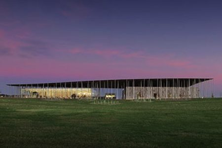 Stonehenge exhibition and visitor centre opens