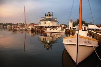 waterfront Chesapeake Bay Maritime Museum