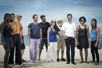 Tino Sehgal and participants of These Associations in Rio de Janeiro. Photo: Daryan Dornelles.