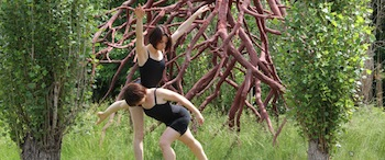 MM2 Modern Dance Company of Philadelphia (MM2) performing Dance With Sculpture.