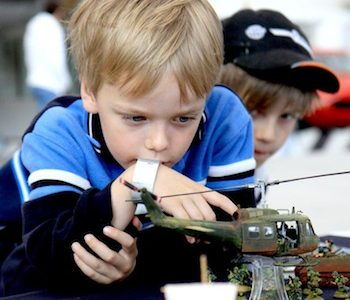 Happy Hobby Day: Flyable Model Airplanes and Historical Miniatures