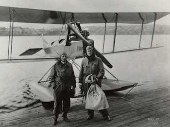 In 1919, Bill Boeing (r) and Eddie Hubbard complete the first international airmail flight to the United States (Vancouver, B.C. - Seattle, Wash.). The Museum of Flight Collection.