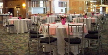 Treat the special woman in your life to brunch at Cincinnati Museum Center