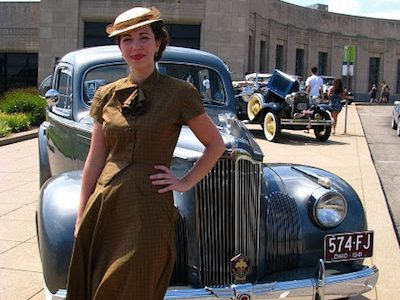 Cincinnati Museum Center's 1940s Day lands at Lunken Airport